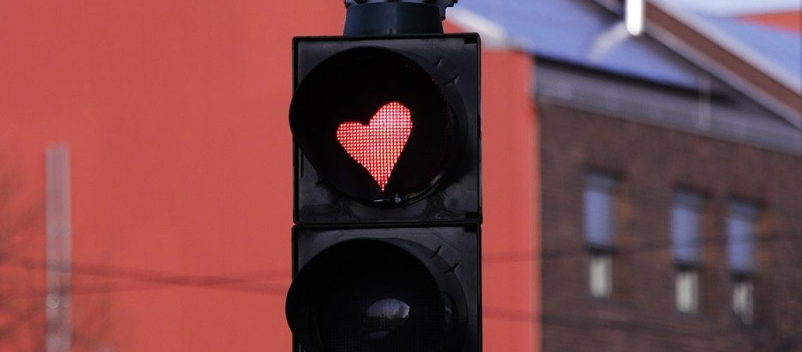 traffic lights, heart traffic light, traffic light with heart